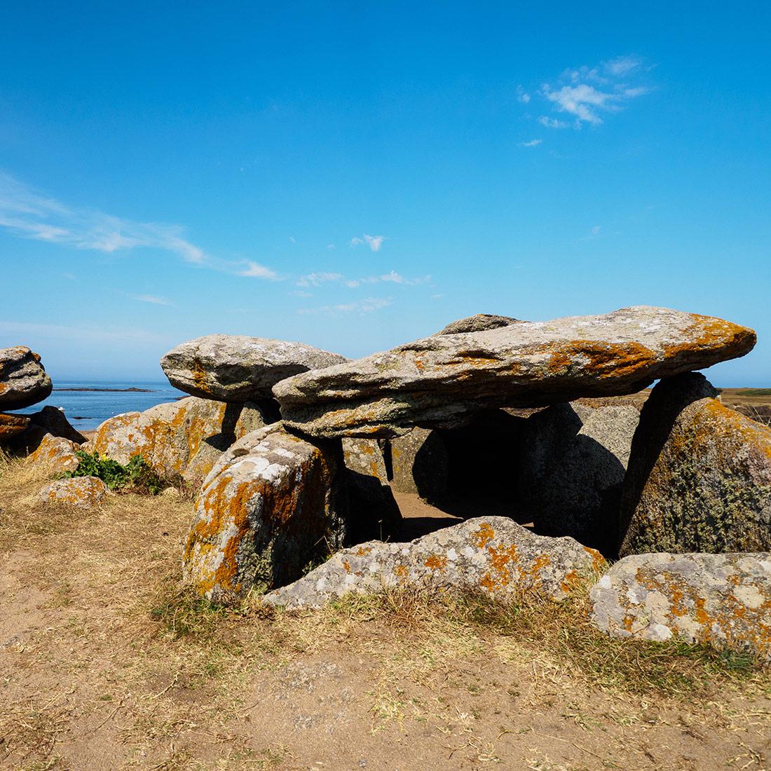 Dolmen sur l'île d'Yeu