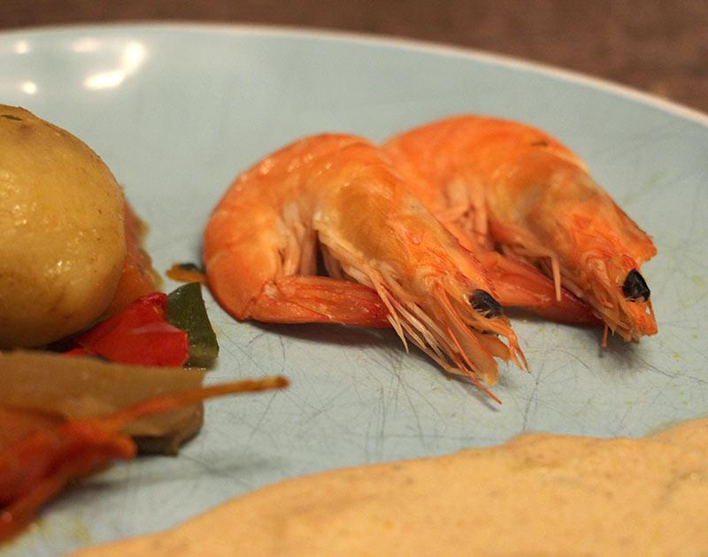 Repas traiteur de la mer avec des crevettes