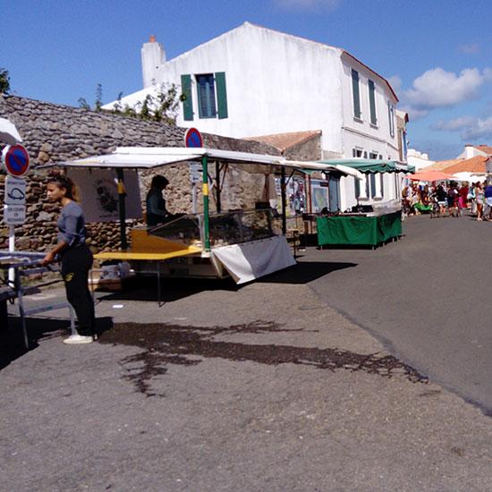 Marché de Saint-Sauveur sur l'île d'Yeu